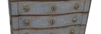 Mid 18th Century Chest of Drawers