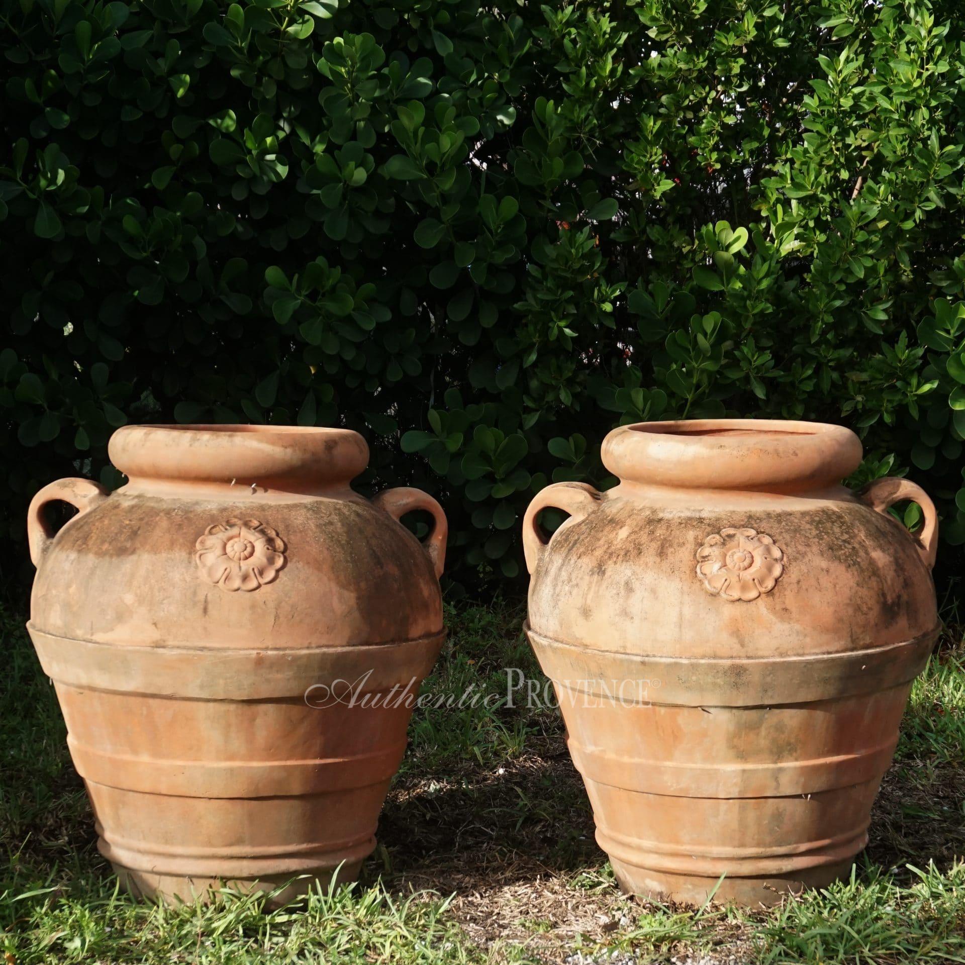 Pair of Gimignano Jars