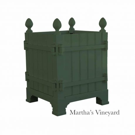 Authentic Provence Caisse de Versailles is composed of an aluminum frame with teak wood panels are durable and weather resistant. Paint: Martha's Vineyard