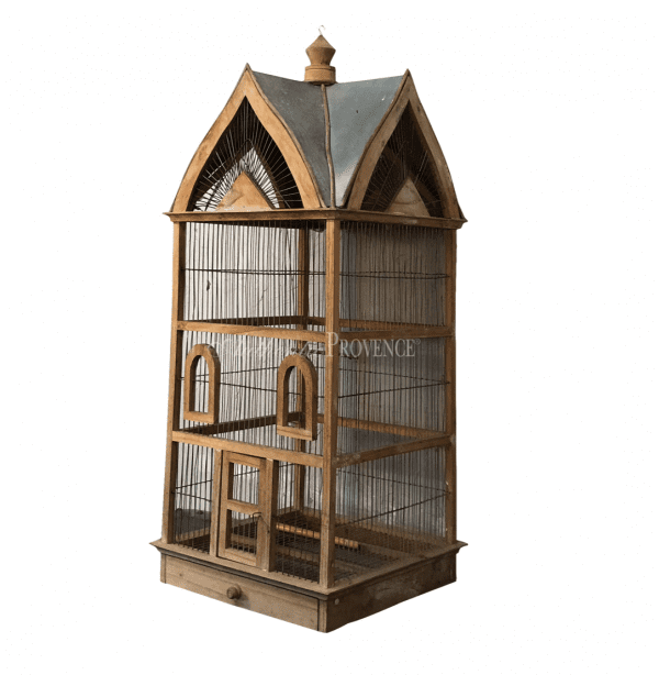 French 19th century Normandy style vintage birdcage with a metal sheet roof. In good condition