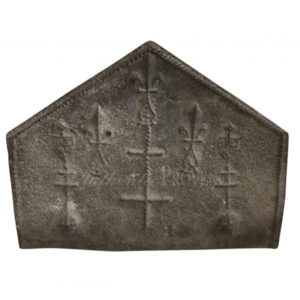 Fireback with cross decor in Neogothic style made of cast iron