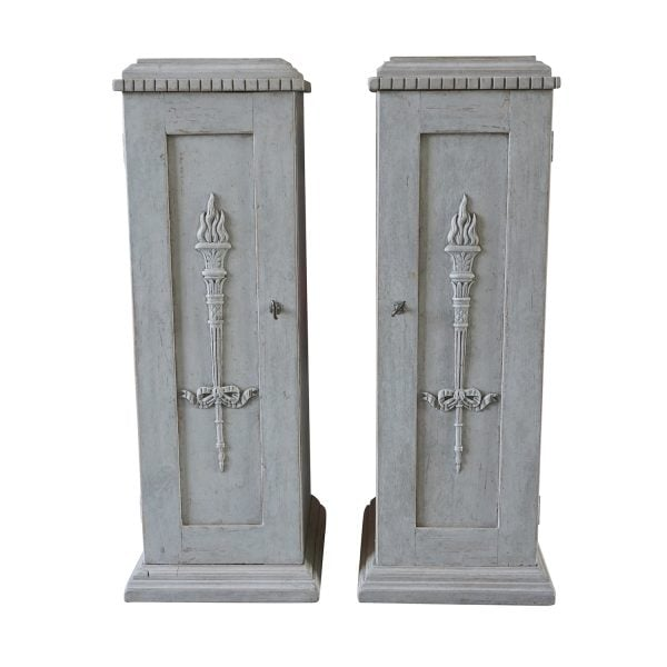 Pair of Swedish side cabinets in grey painted Pinewood with door and keys, featured inside with two white front drawers. Circa 1830, Scandinavia